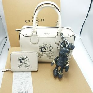 Coach Disney x MINNIE